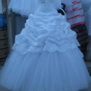 Продам новое свадебное платье. размер 44-46-48